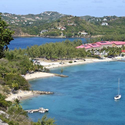 zeilvakantie caribbean zeilboot in baai